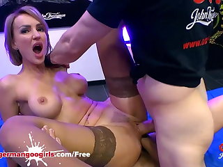 Super Hot Babe Elen Million Double Penetrated by Monste...