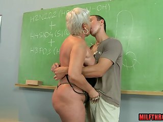 hot mature sex and cumshot movie feature 1
