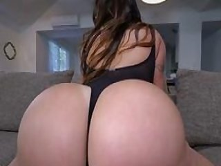 Sexy Babe Julianna Vega Shows Off Her Big Booty