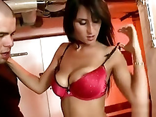 Glamorous Pornstar Plays With Water And Gets Saoking Juicy