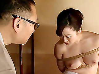 Housewife Yu Begins Her Bondage Training