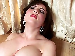 Amateur Hot Girl Solo Masturbation