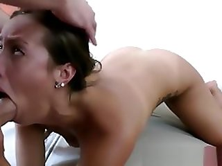 Big Booty White Girl Kelsi Monroe Twerks And Fucks In A Hotel Room
