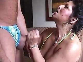 Porky Mom Takes a cumshot on face