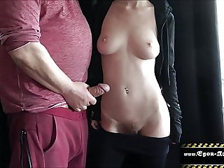 Teeny lets me jerk off