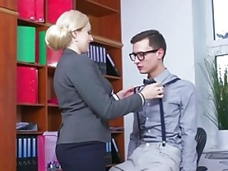 MOM Blonde melons Soccer mom sucks bulky geek cock