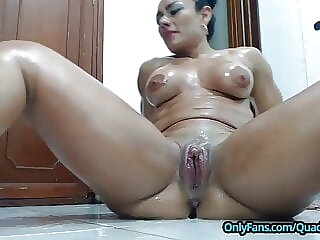 Big Clit and Big Squirt