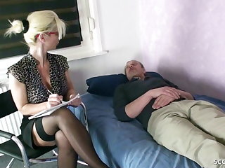 GERMAN MOM Psychologist Seduce MONSTER COCK patient to ...