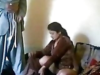 Pakistani mom fucked by pathan when she is alone