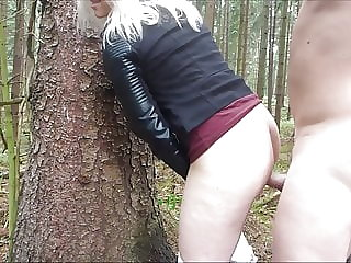 Young blonde fucked in the forest by vacation acquaintance
