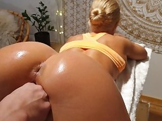 Real Amateur Couple Orgasming and Squirting Simultaneously from Anal
