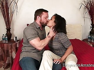 Casting Loni desperate amateurs