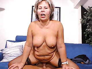Modern granny suck and fuck lucky boy