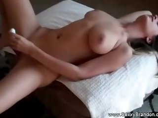 An Arousing Sex Experience To A Couple