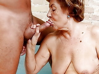 Old Granny Vera (72) wants to swallow sperm