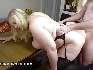 Massives tits mature secretary fucked doggy by her boss