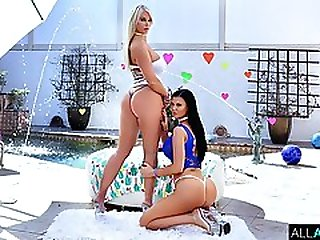 Milf Masterpiece With London And Jasmine