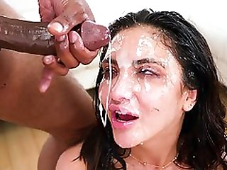 Jane Wilde Gets Facial Cumshots From Many Cocks