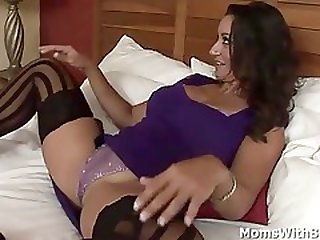 Cougar Persia Monir Is Having Multiracial Lovemaking In A Hotel Room